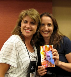 Lisa Gardner and thriller author J.F.Penn at Thrillerfest 2012